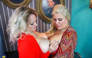 Blonde Milfs Pictures
