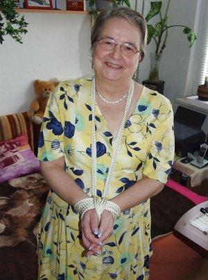BBW Grandma Pictures