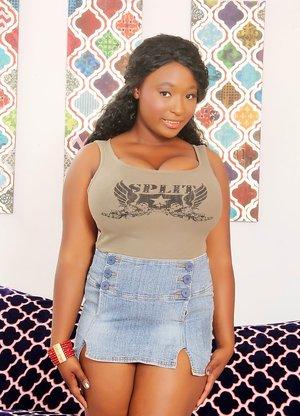 Ebony BBW Pictures