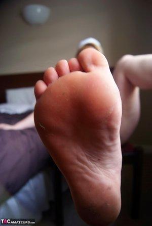 BBW Feet Pictures