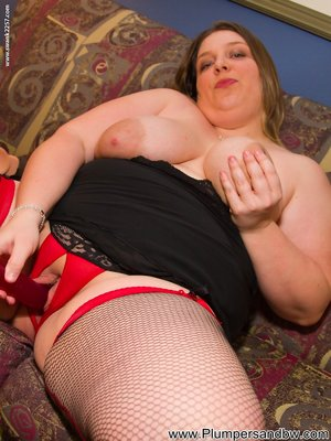 BBW with Dildo Pictures